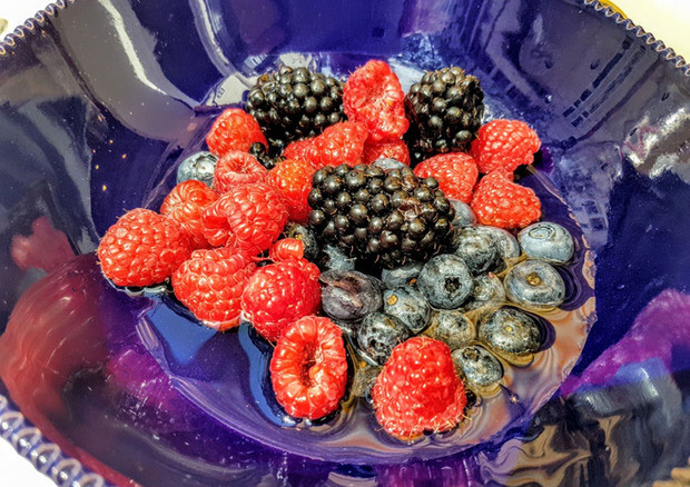 ob_7f29d0_fruits-rouges-sirop-champagne-