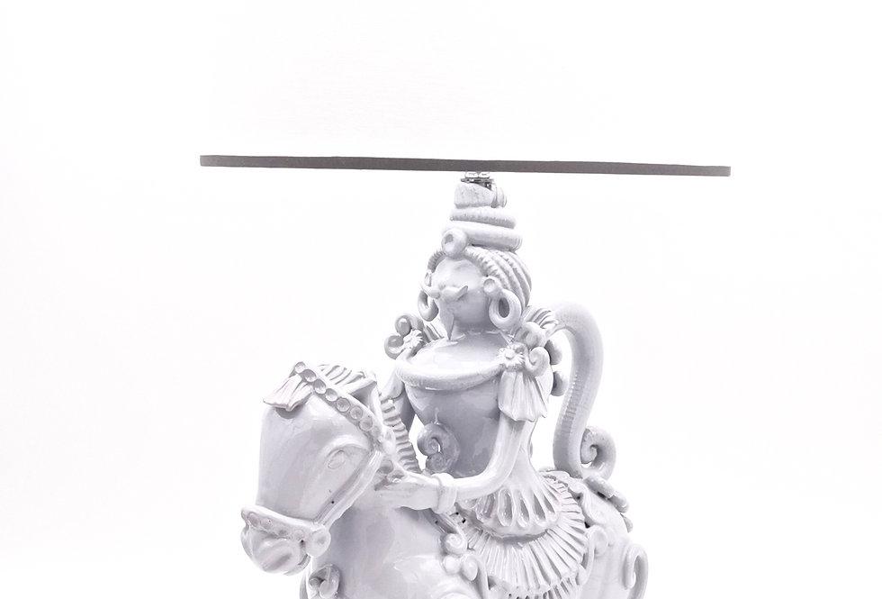 Lampe Cavalier Classique   Homme   Gris perle   35 cm   575 €