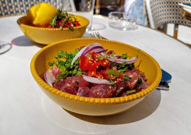 ob_2f222d_tartare-thon-baleti-restaurant