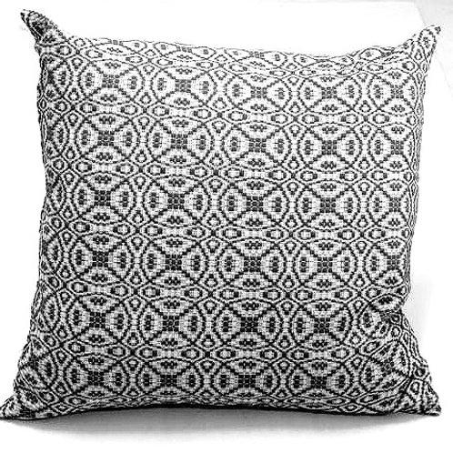 Coussin «Locorotondo»   coton & laine Mérinos   Noir & blanc   60x60 cm   280 €