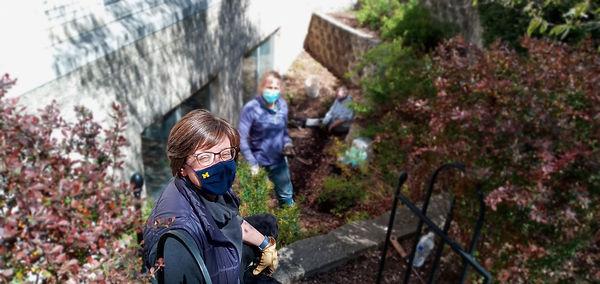 Christine, Sarah & Linda planting down i