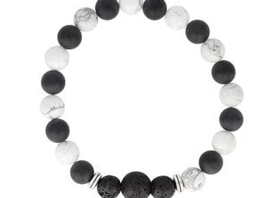Howlite & Onyx stone diffuser bracelet