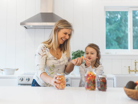 Sweets and Treats. How to manage sugary foods and other 'junk' foods part 2 : SNACKS AND CANDY