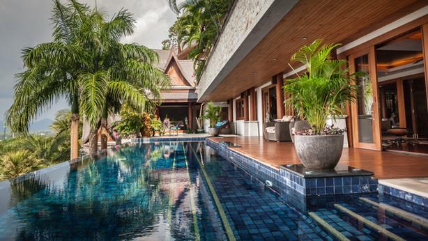 Shambala Phuket - Morning lengths in the