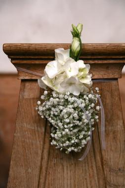 Hochzeits_Dekoration_Kirche_Epps_BlumenCult2.jpg