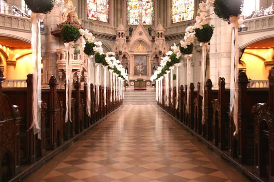 Hochzeits_Dekoration_Kirche_Epps_BlumenCult1
