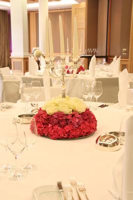 Hochzeit_Tischdeko_Epps_BlumenCult14.jpg