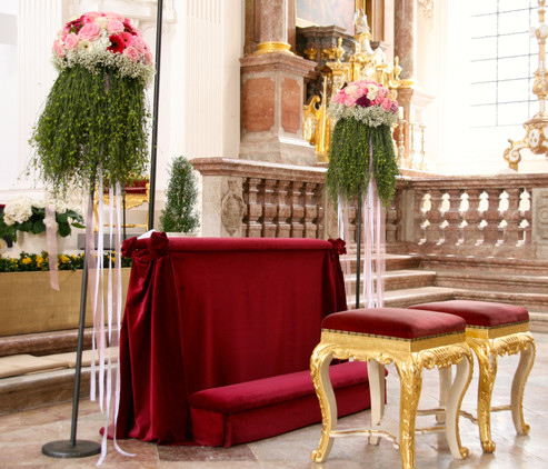 Hochzeits_Dekoration_Kirche_Epps_BlumenCult8.jpg