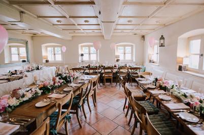 Tischdeko_Hochzeiten_Epps_BlumenCult02.jpg