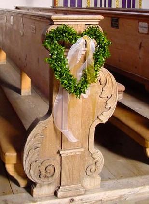 Hochzeits_Dekoration_Kirche_Epps_BlumenCult7.jpg