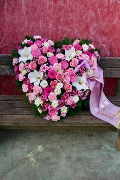 Trauer-floristik_Epps_BlumenCult2.jpg