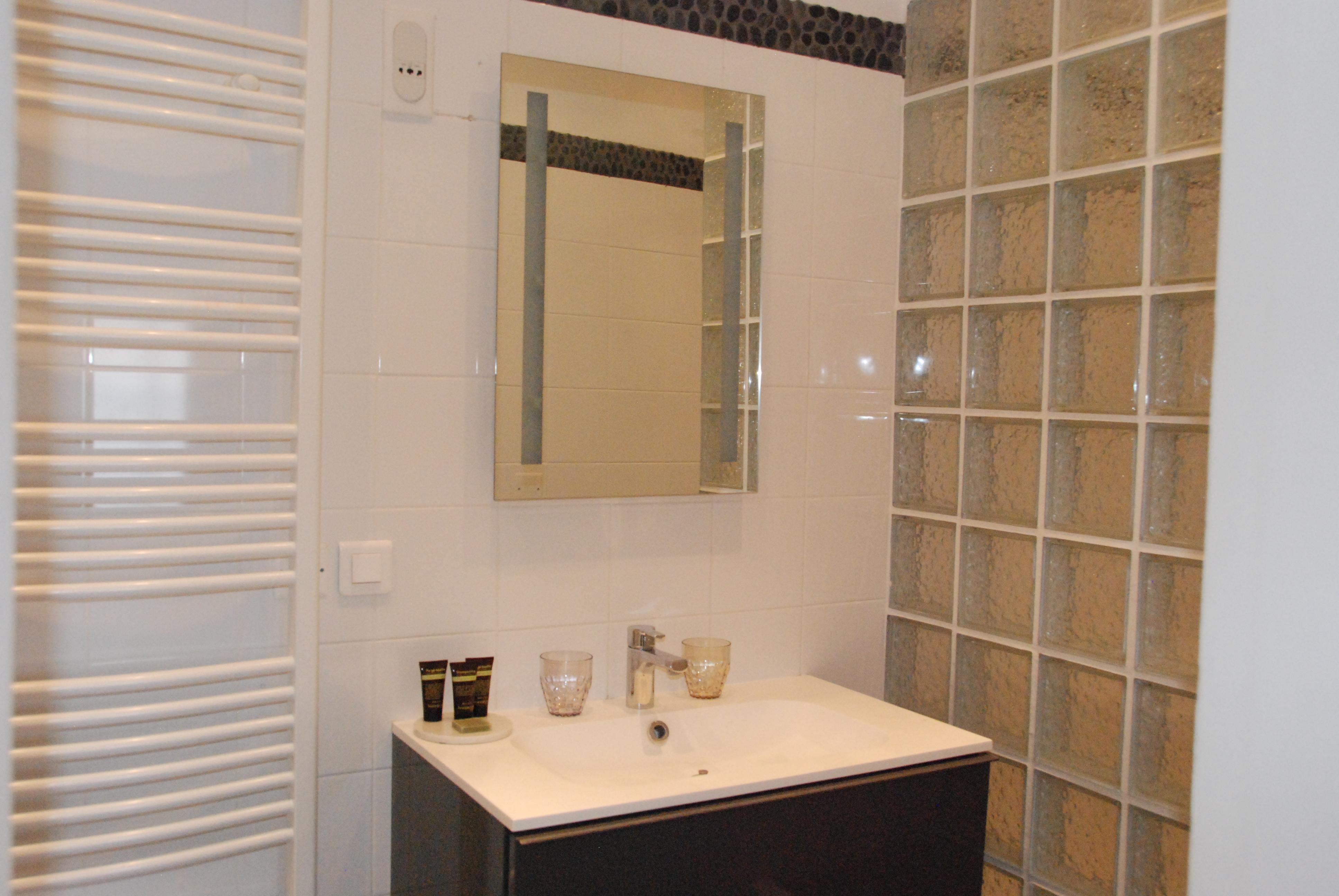 chambre 3 - salle de bain