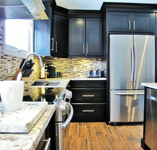 Kitchen  Custom Cabinets Hamilton