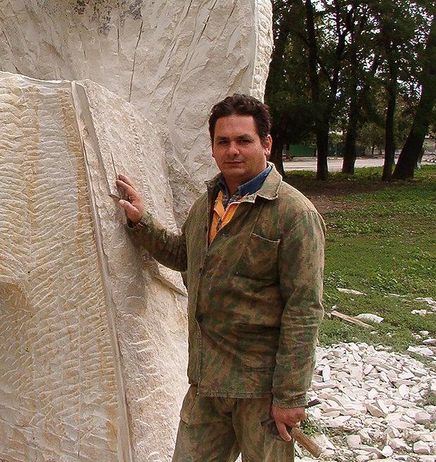 Mircea Puscas sculptor