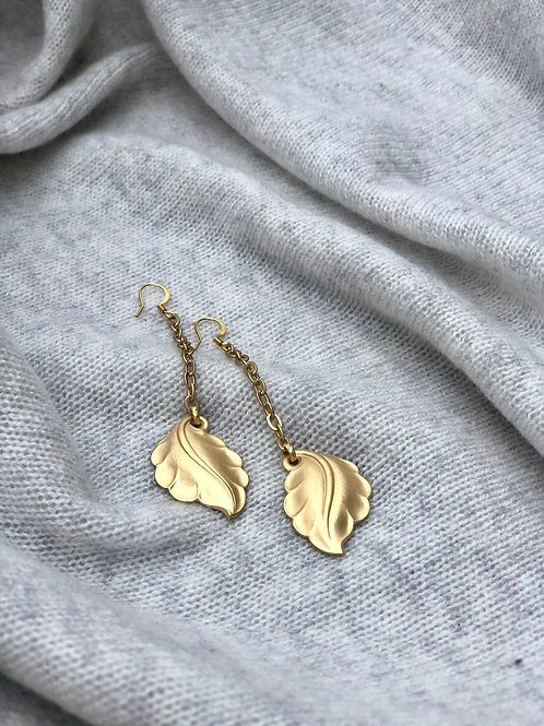 Harriet & Vee Earrings: gold plated leaves