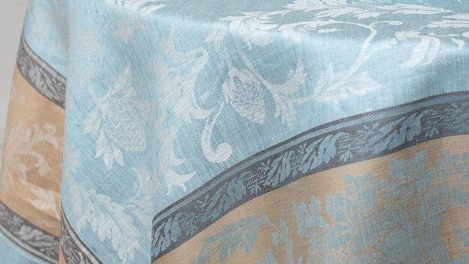 Versailles Linen Tablecloth 67x122