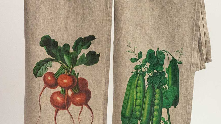 Pair of Linen Kitchen Towels - Vegetables