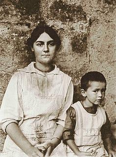 Aline Merlin et son fils Bernard, Varenn