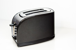 Edler Toaster mit Echtcarbon