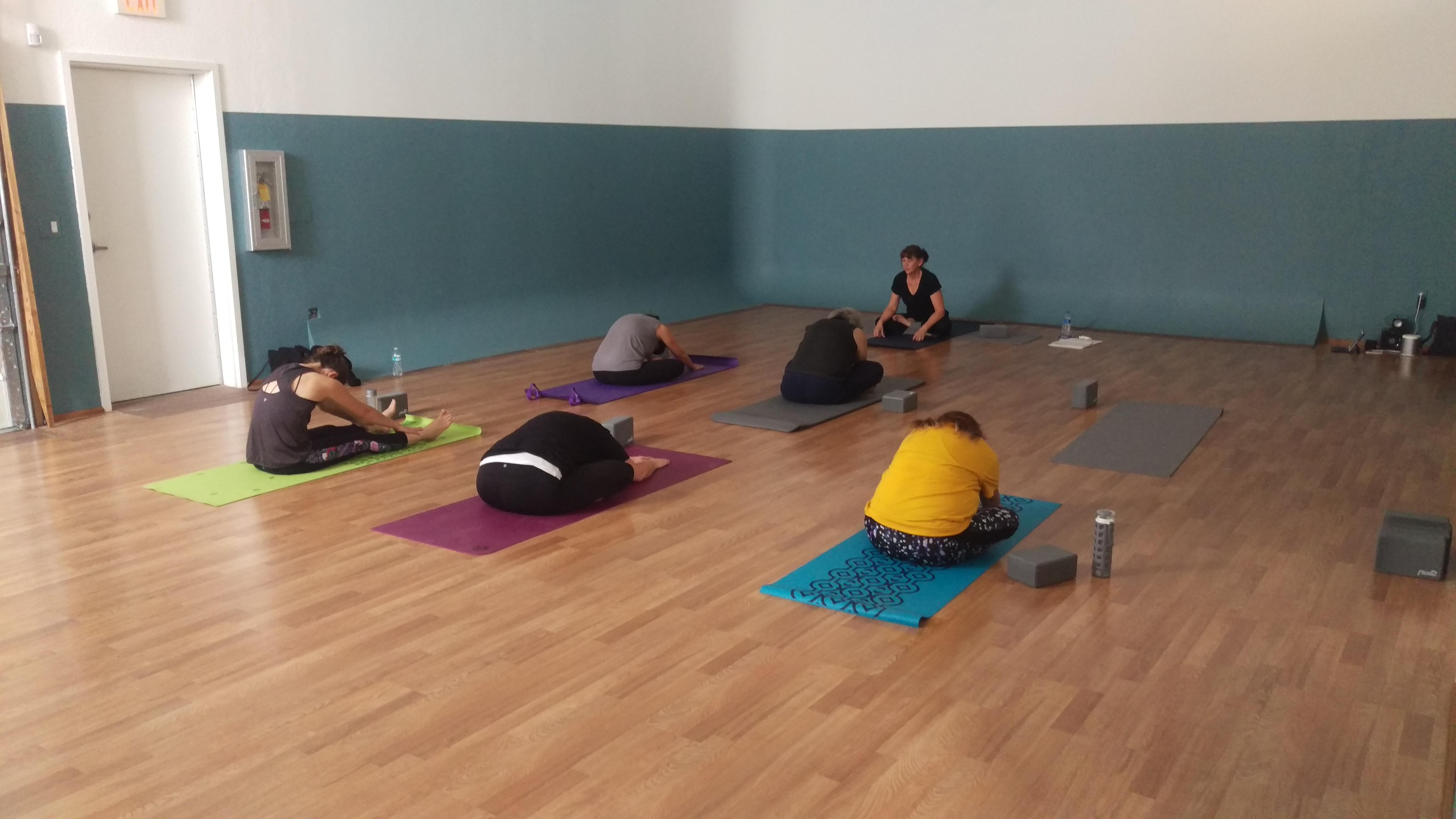 dating yoga class
