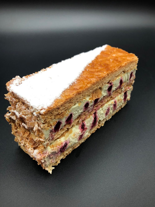 Mille feuille pistache - Produced Friday and Saturday only