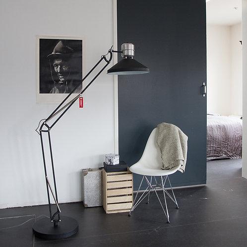 Industriell gulvlampe svart - Zappa Anne