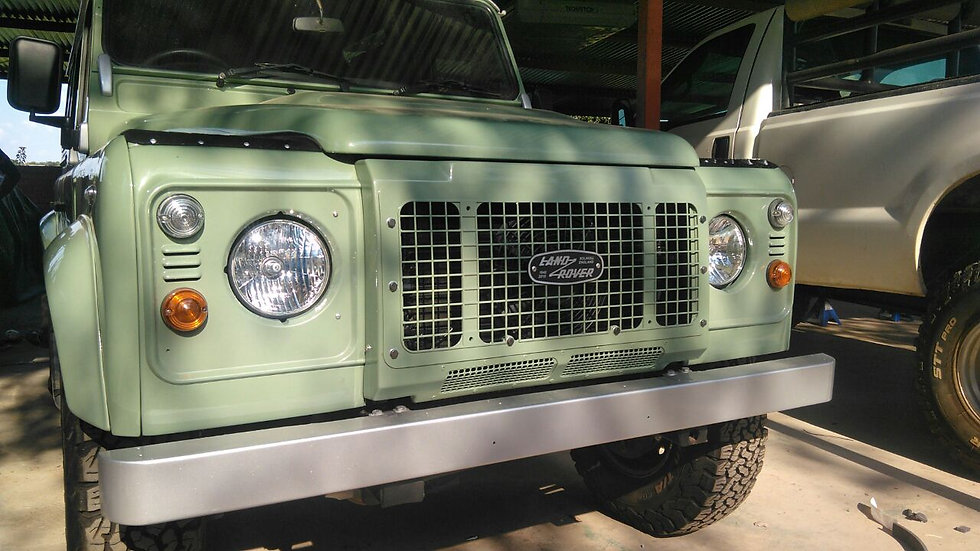 Heritage Style Front Grill for Defenders