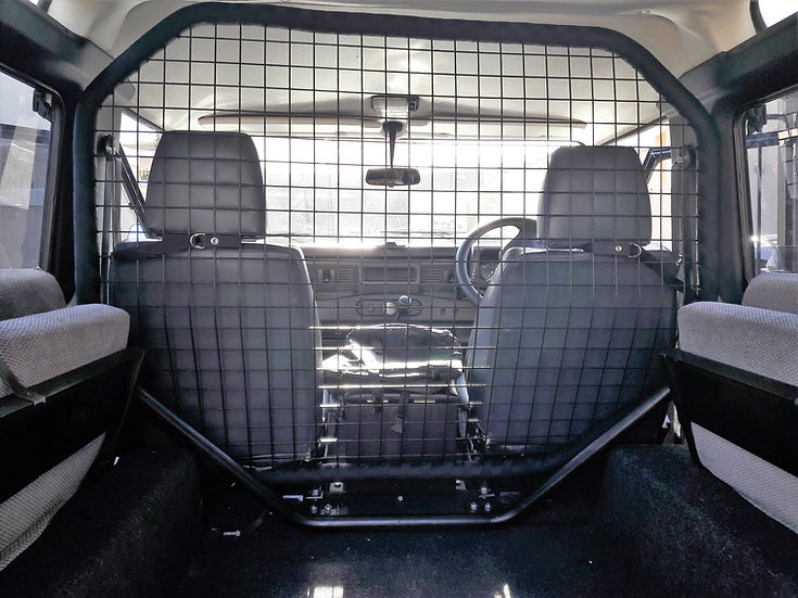 Dog Guard for the Defender 90/110 Hard Top