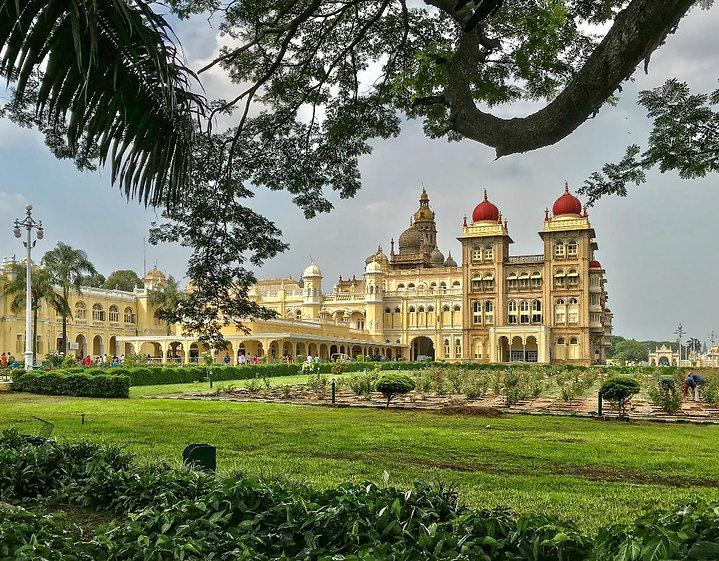 MYSORE Palace SM.jpg
