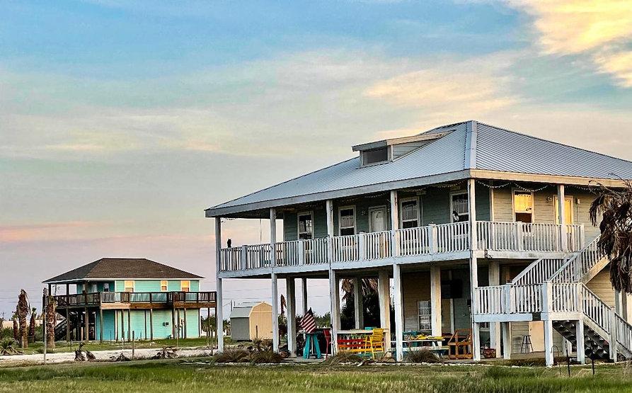 Magnolia Beach houses1.jpg