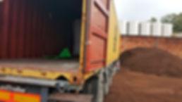 camion-con-orujillo2.jpg