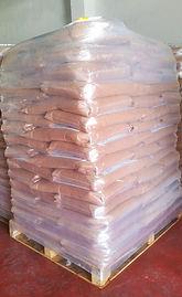 Palé de 80 sacos de hueso de aceituna