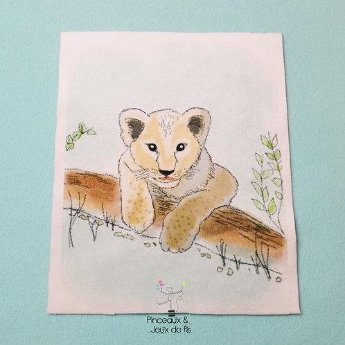 """Coupon tissu 18x25 velours """"Petit lionceau"""""""