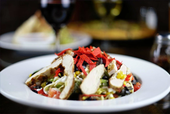 Pete's Natomas Chicken Strip Salad