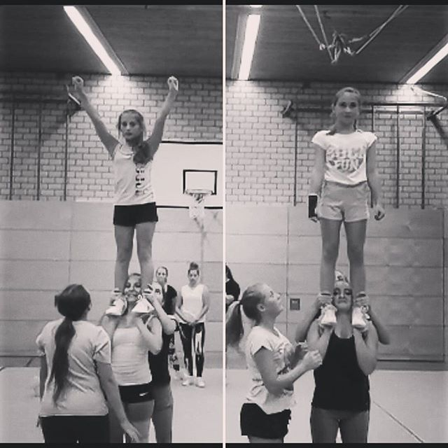 #Cheerleader#cheerleading#Bfc#Thunders#Jugend#Training#Sport#Stunt#Gs#Groupstunt#Partnerstunt#Cheer#