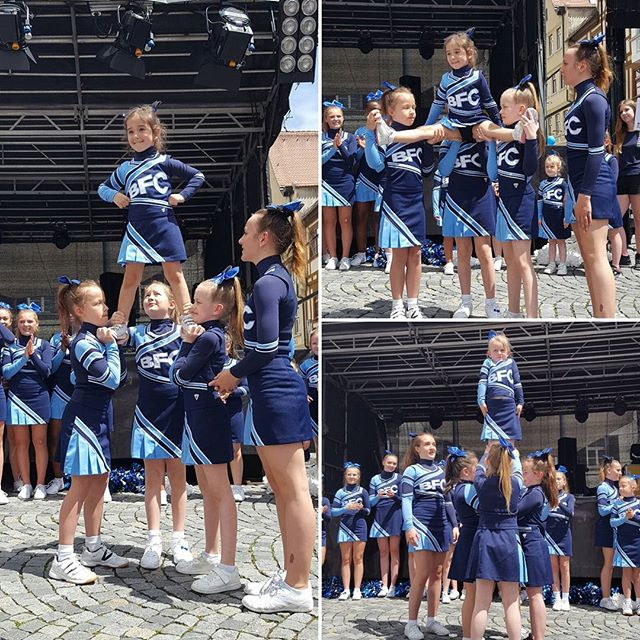 Unsere kleinsten beim internationalen Fest in Ulm😊_🎀Be famous Cheer Company🎀_#juniors#peewees#Ulm