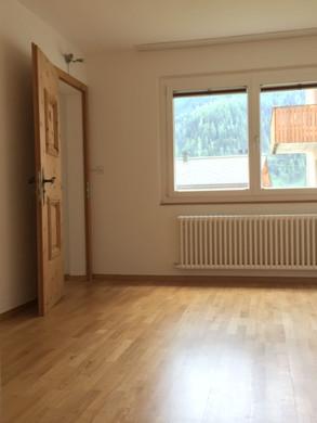 Schlafzimmer 1.jpg