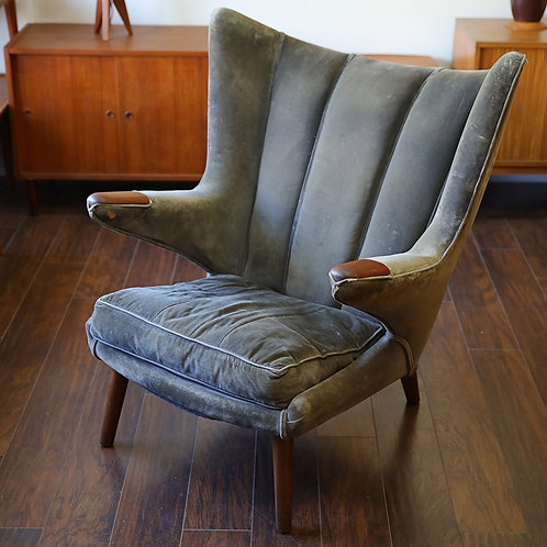 Original vintage 50's Papa bear chair by Hans Wagner for AP Stolen