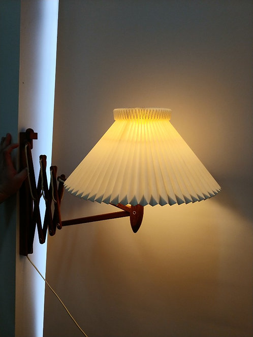 Erik Hansen's Le Klint Lamp