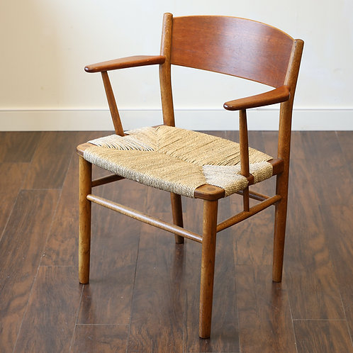 Danish Modern Arm Chair by Børge Mogensen for Søborg Møbler
