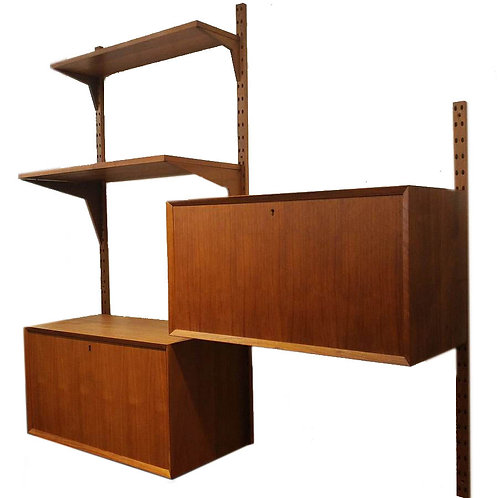 Danish Modern Royal Shelving System By Poul Cadovius