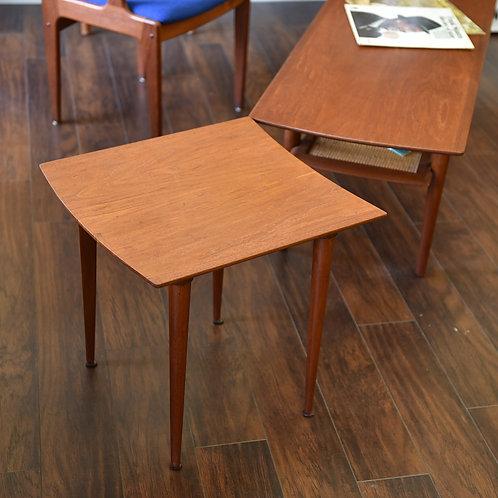 2 pieces, Puzzle tables in SOLID teak, Amazing details.