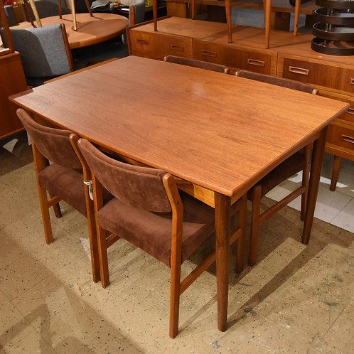 Danish Mid-Century Modern Teak Dining Table with 2 Leaves