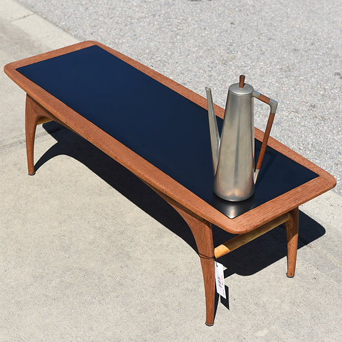Adorable Vintage Coffee Table