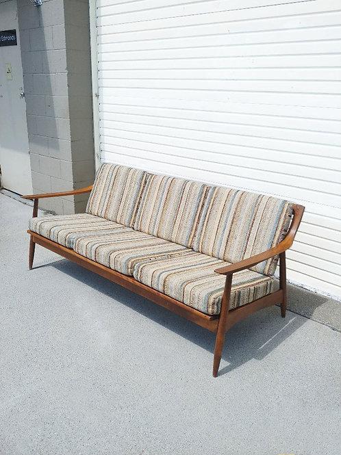 Mid century modern 3 seat sofa, classic style