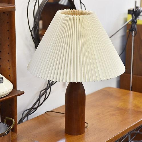 Beautiful shade+ Solid teak base, MCM lamp