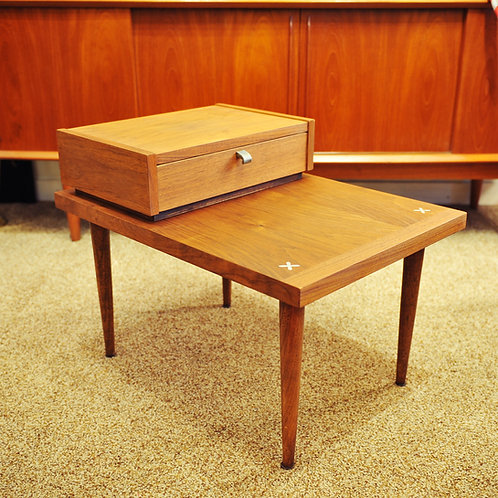 Mid Century Modern Accent Walnut End Table by American of Martinsville
