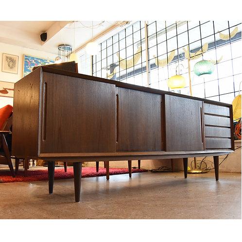 Stunning Danish Modern Teak Credenza/Sideboard by Alderslyst Mobelfabrik