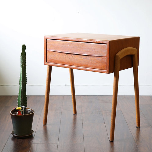 20%!!OFF, Danish Teak Bedside Table / Entrance Table