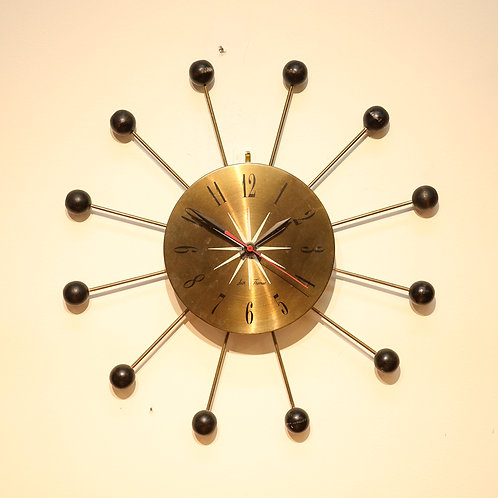 Seth Thomas MCM wall clock, Atomic era